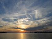 Sunset lake — Stock Photo