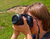 Meisje neemt foto 's — Stockfoto