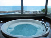Jacuzzi near sea — Stock Photo