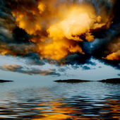 Dramatic sky over water. — Stock Photo