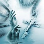 十字架と手 — ストック写真