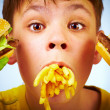 Child and fast food. — Stock Photo #1191304