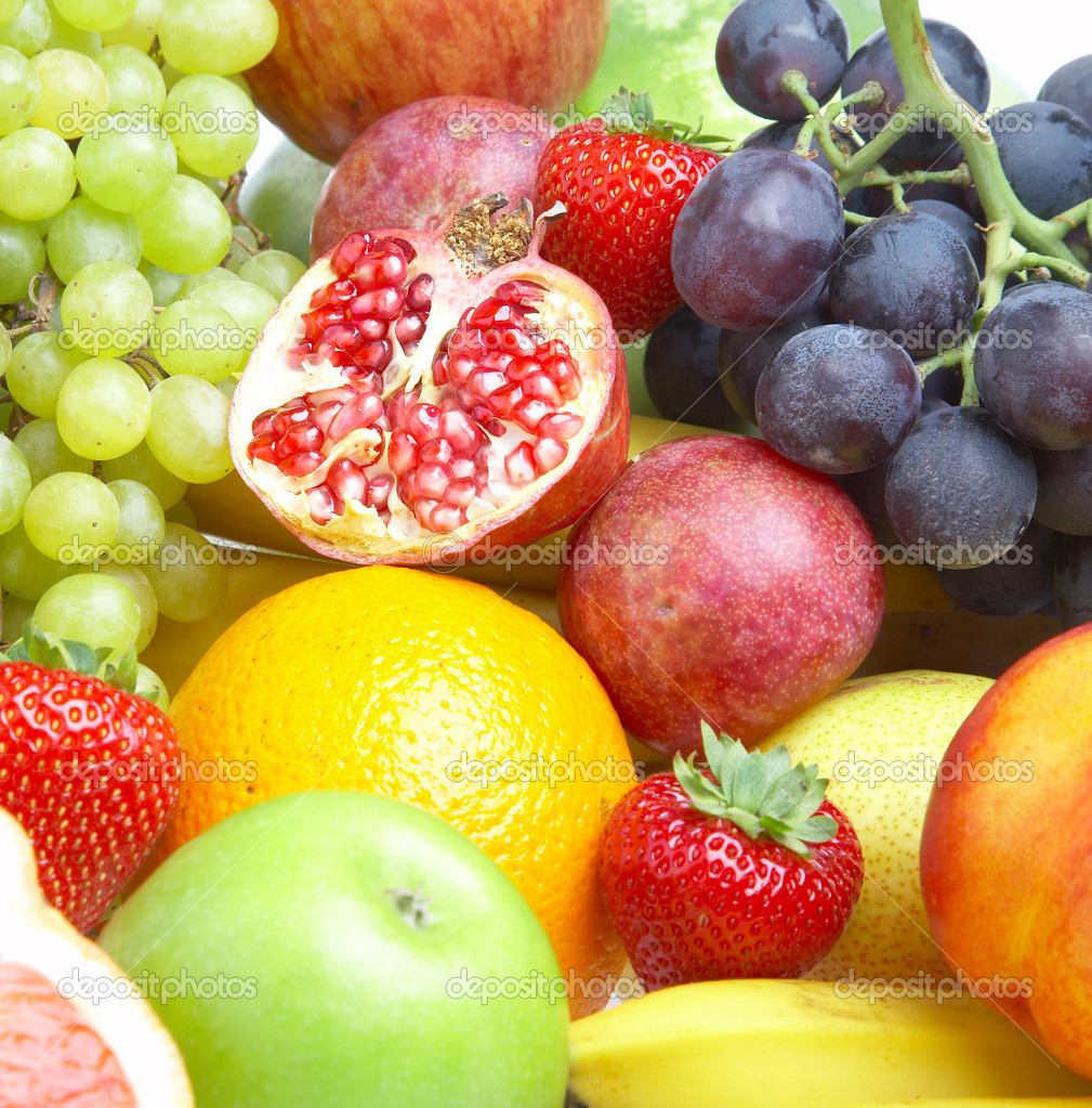 Ripe fresh fruit. Wholesome food. — Stock Photo #1191079