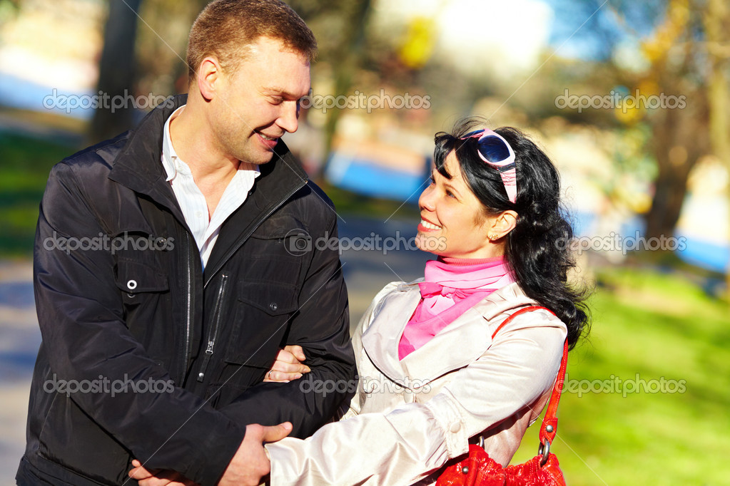 girl with the man. Loving couple — Stock Photo #1191153