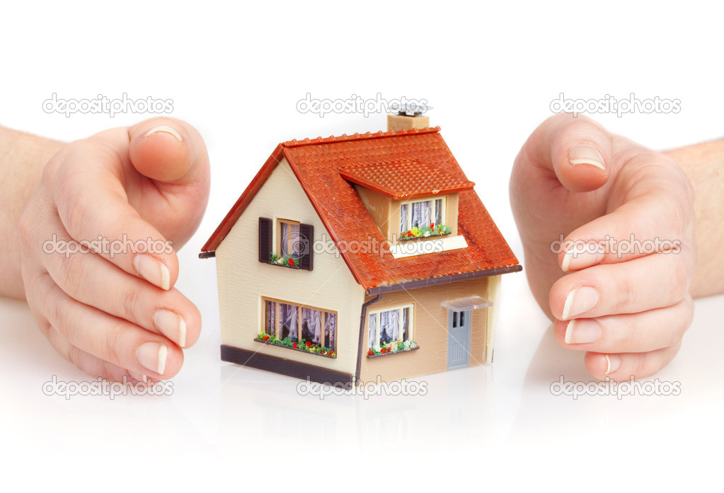 The house in human hands — Stock Photo #1192600