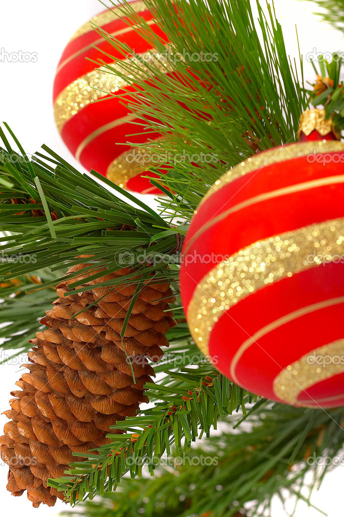 Christmas fur-tree on a white background with a ball. — Stock Photo #1320841
