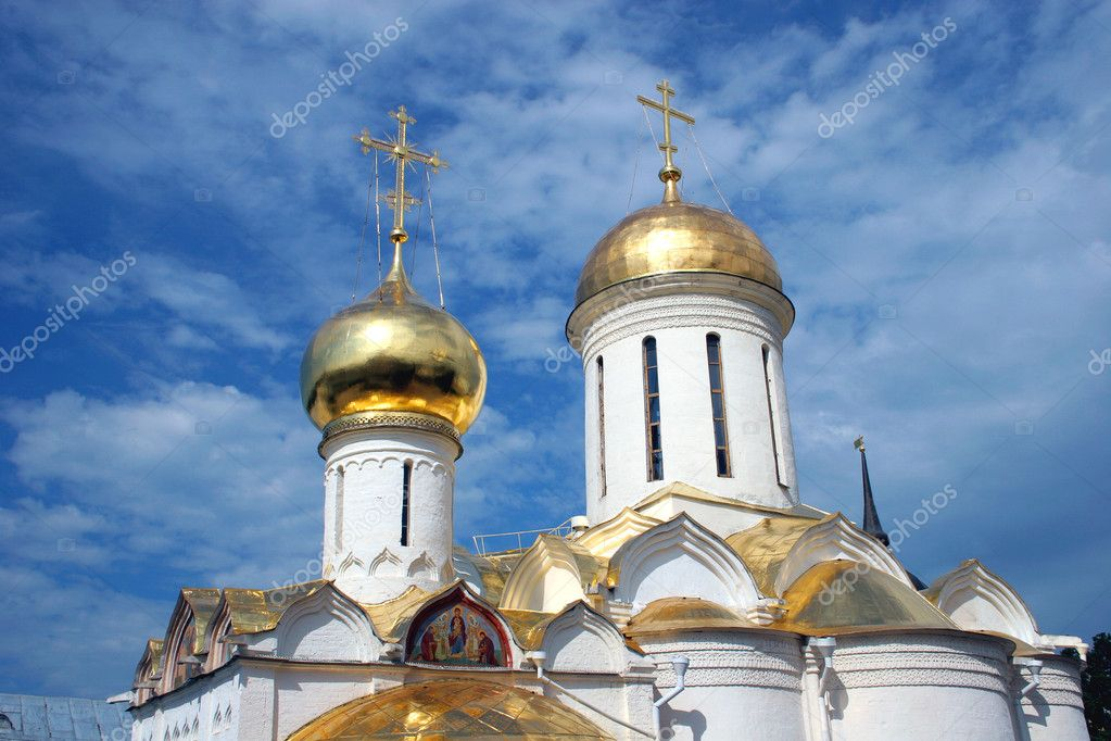 Domes of church  Russia — Stock Photo #1323438