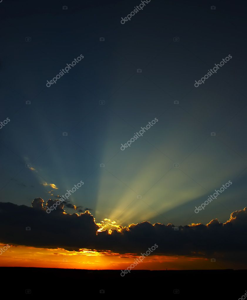 The evening coming sun for horizon  — Stock Photo #1323679