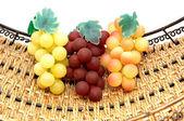 3 grappoli in korb. — Stockfoto