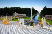 Fountains in St. Petersburg — Stock Photo
