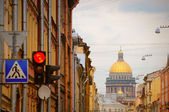 Isaac cathedral in St Petersburg — Stock Photo