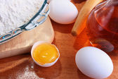 Flour and eggs — Stockfoto