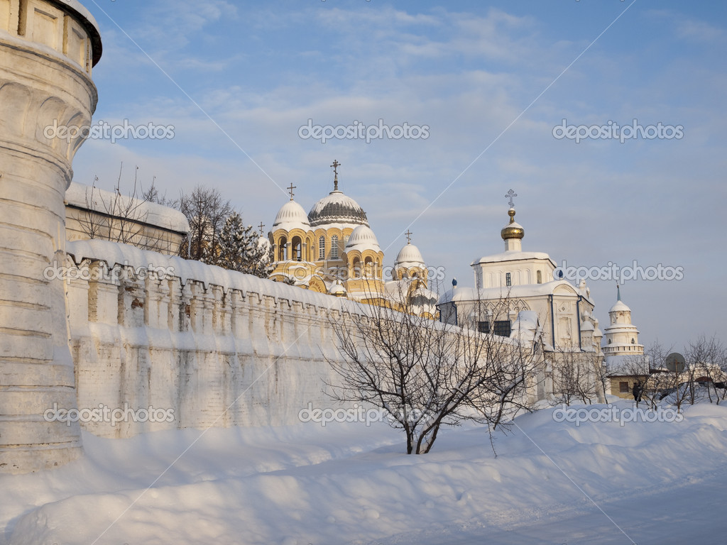 The Piously-Nikolaev man's monastery. The city of Verhoture. Sverdlovsk area. — Stock Photo #1585600