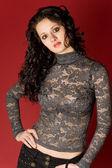 Sexy meisje in transparante kleding over r — Stockfoto