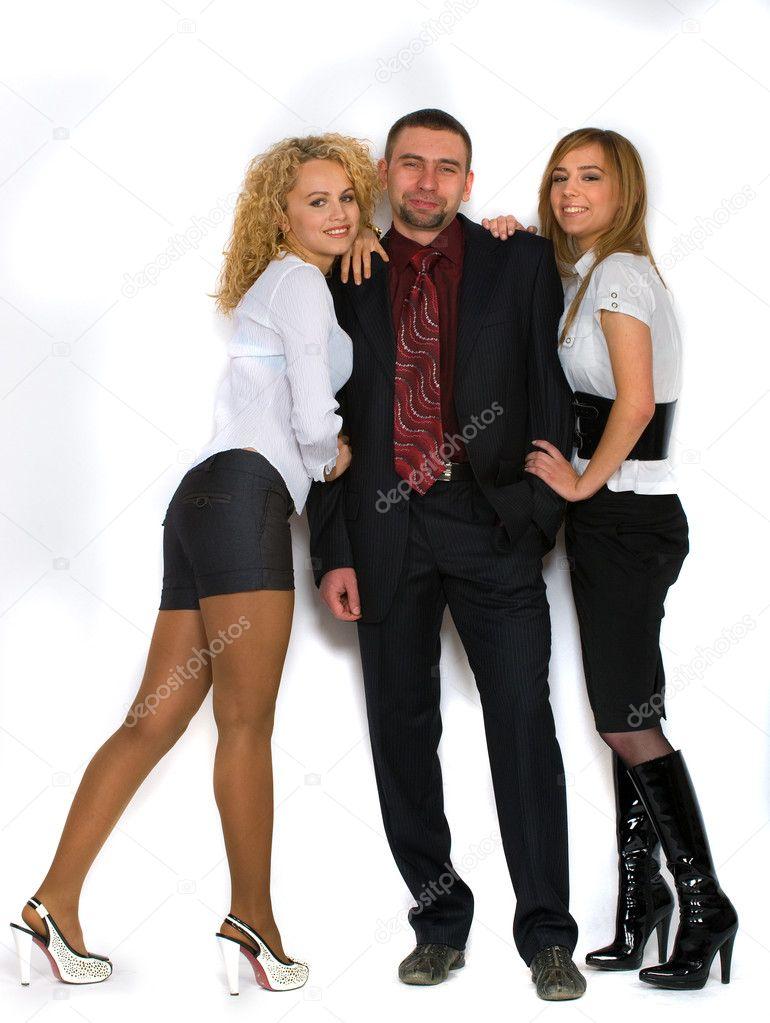 С двумя девушками  2013