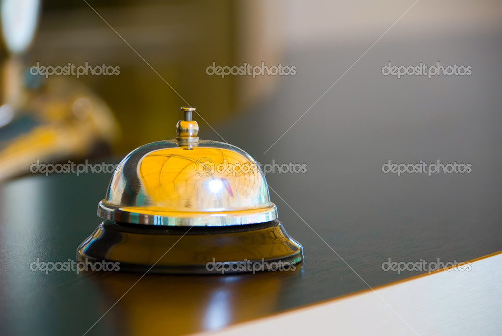 Call to call the waiter at the bar — Stock Photo #1133624