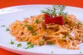 Freshly cooked plate of macaroni — Stock Photo