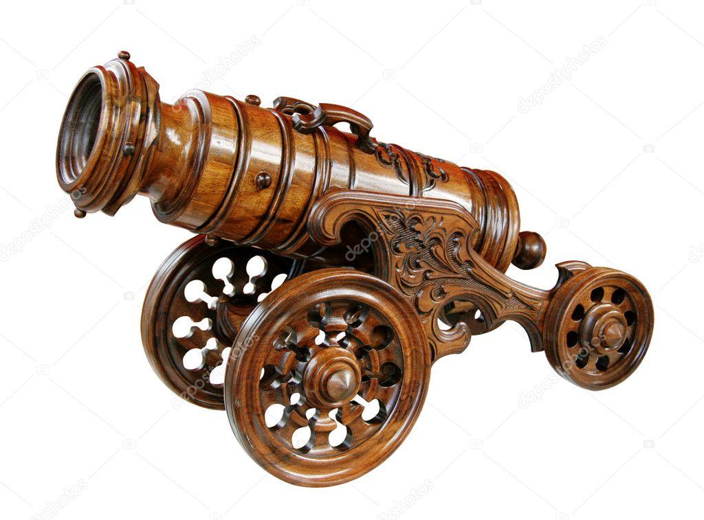 Декоративные пушки из дерева