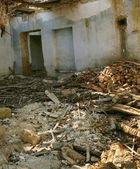 A velha casa destruída — Fotografia Stock