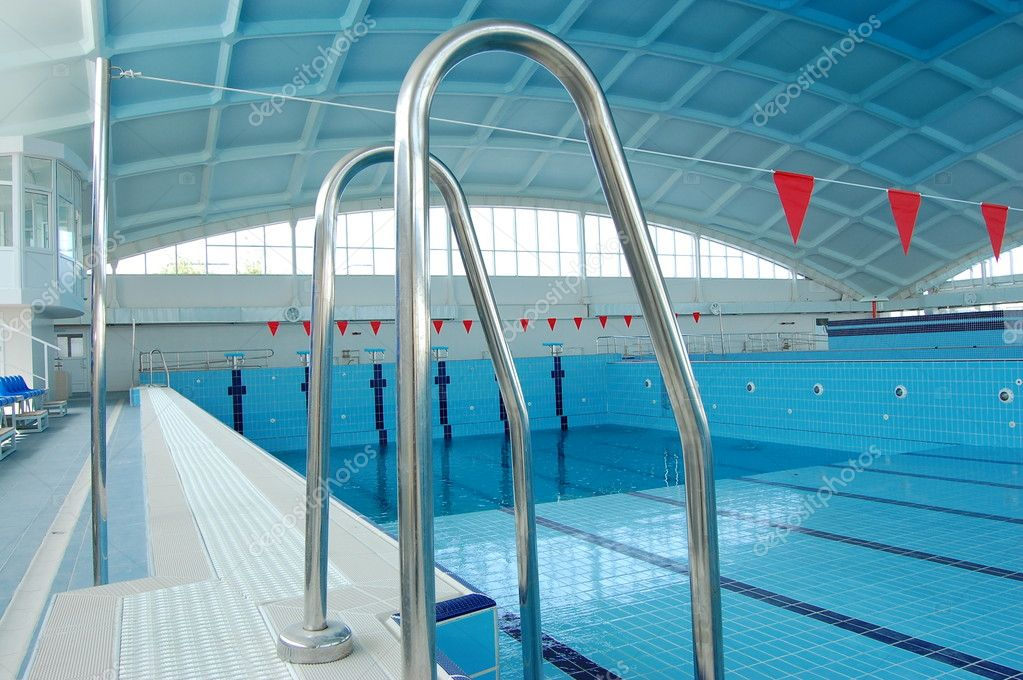 Closed large  sporting pool for competitions — Stock Photo #1294339