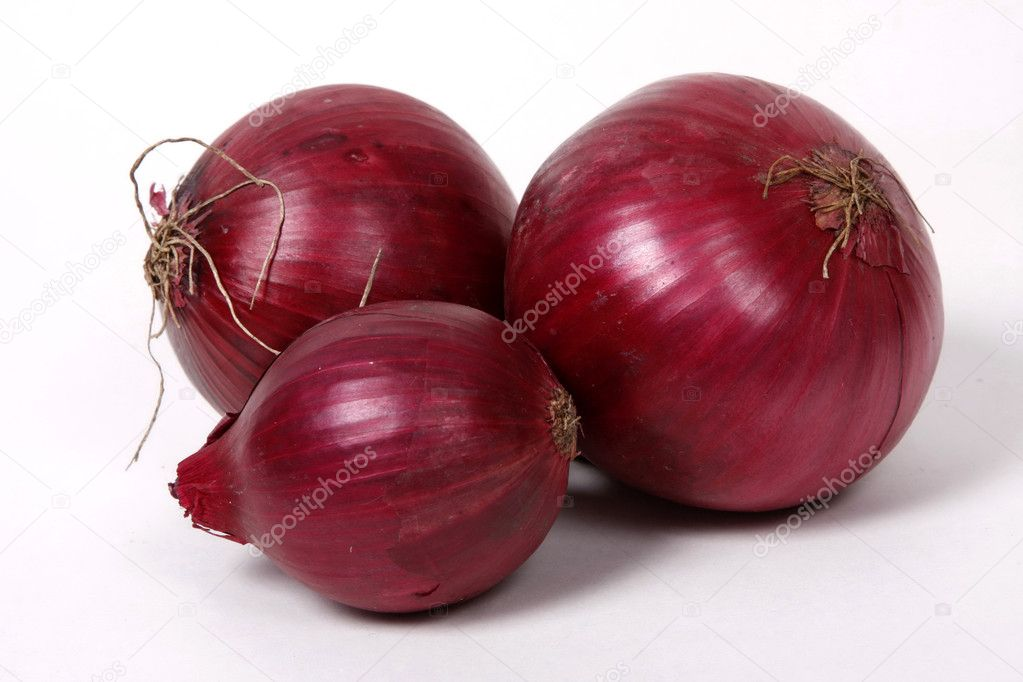 Red onions on the white background. — Stock Photo #1168292