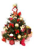 рождественская елка оформлены в красных и золотых — Стоковое фото