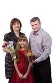 Padre dando a madre e figlia, regalo — Foto Stock