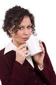 Kobieta pije kawę — Zdjęcie stockowe