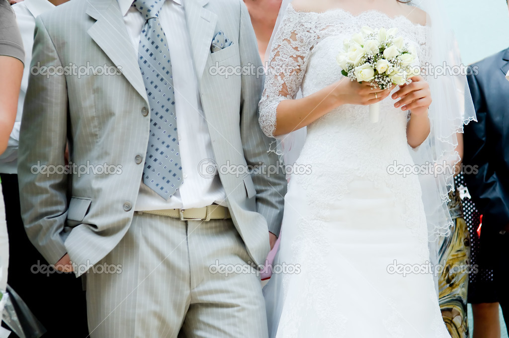 Close-up of bride and groom waiting for the ceremony — Stock Photo #1252069