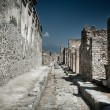 ancient stone ruins in pompeii italy — Stock Photo