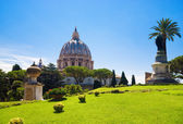 Saint Peter cathedral in Rome Italy — Stock Photo