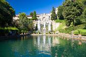 Big fountain in Tivoli Italy — Stock Photo