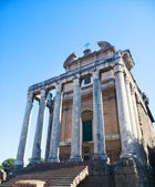 Ancient building on Rome Forum — Stock Photo