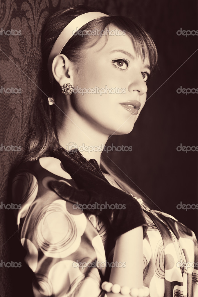 Young woman retro style portrait. Sepia colors. — Stock Photo #1355362