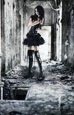 Giovane donna goth — Foto Stock