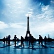 Walking silhouettes in Paris — Stock Photo #1714997