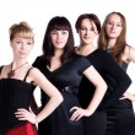 cuatro mujeres al día — Foto de Stock