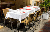 Restaurang bord utomhus — Stockfoto