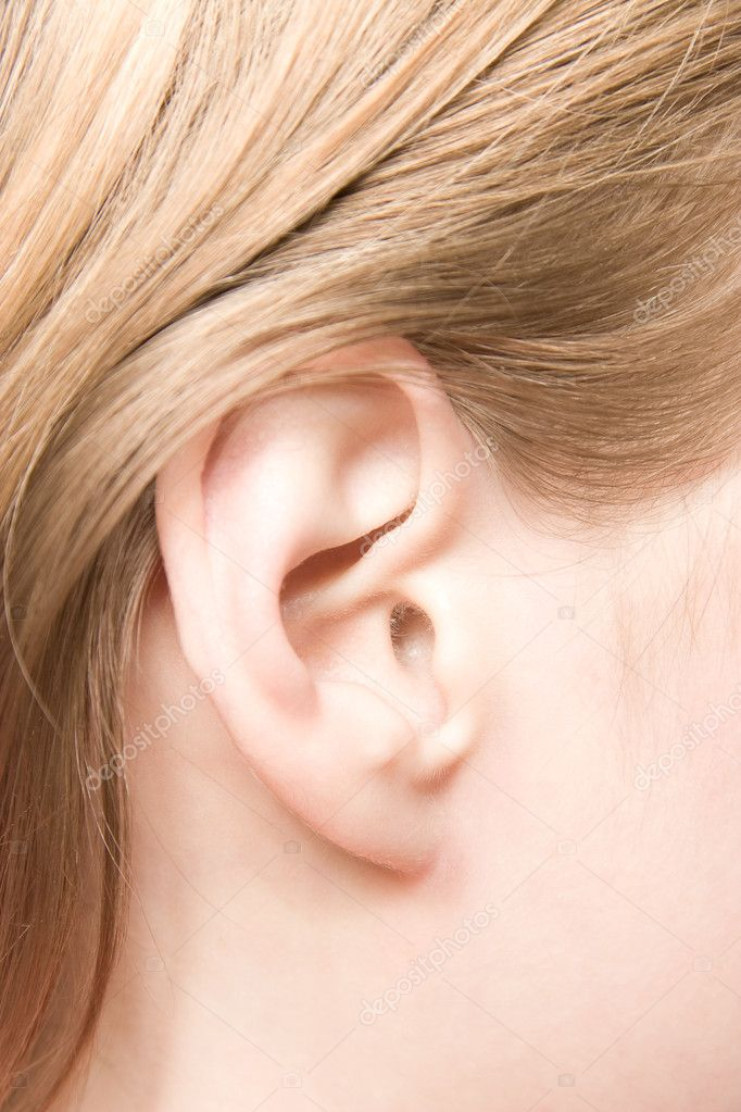 Young caucasian woman ear closeup. — Stok fotoğraf #1730744