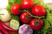 Zwiebel, knoblauch und tomaten — Stockfoto