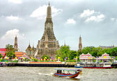 Wat Arun temple, Bangkok, Thailand — Stock Photo
