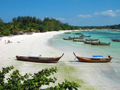 Beach on Lipe island, Thailand — Stock Photo