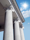 Pillar of the corinthian order building — Stock Photo