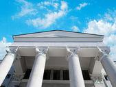 Pillar of the corinthian order building — Stock Photo