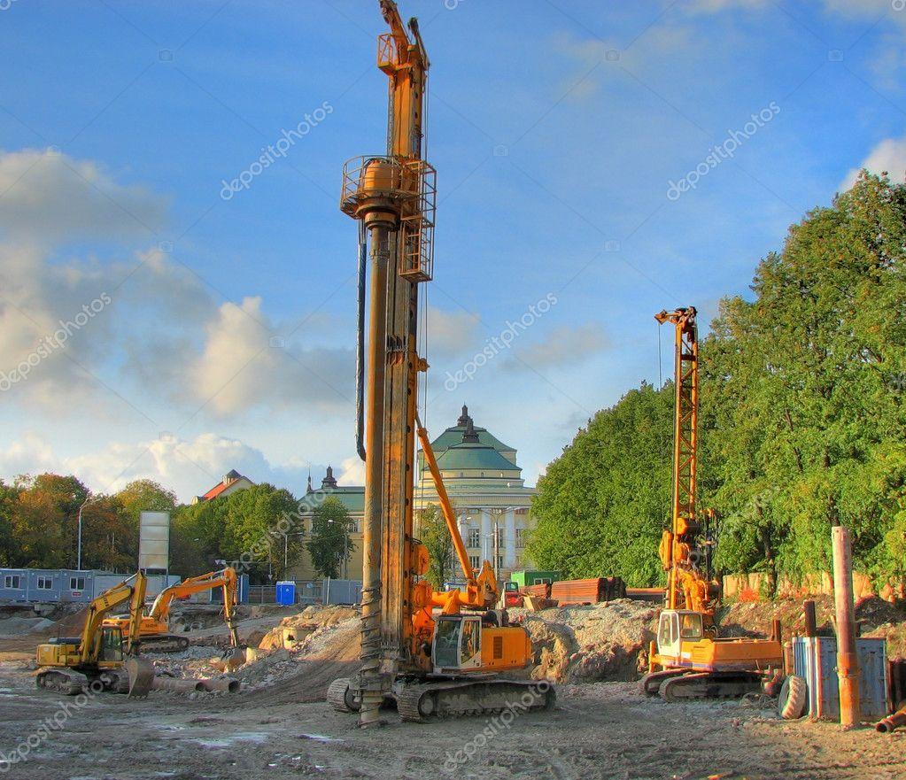 Drilling machine at he building site preparation for the building — Stock Photo #1236473