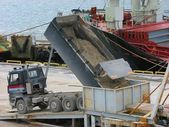 Unloading dump truck — Stock Photo
