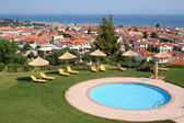 Grecia. halkidiki. piscina del hotel — Foto de Stock