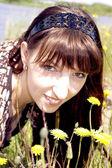 Young lady ashore lake — Stock Photo