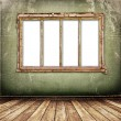 Old window on the antique wall — Stock Photo #2318402