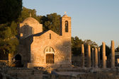Ancient church and ruins on sunset — Stock Photo